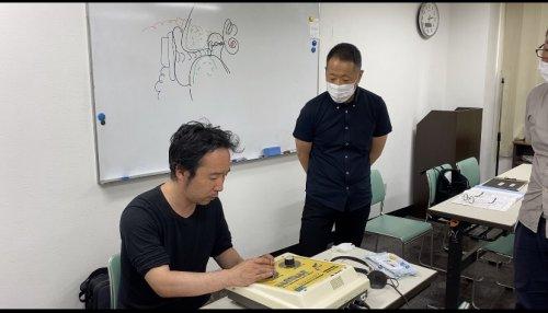 眼鏡技術専門学校 補聴器授業 2